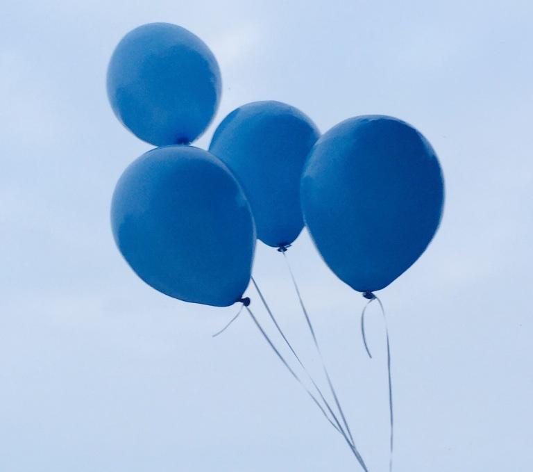 blue-balloons